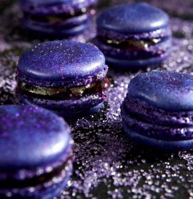concord-grape-macarons-oscars
