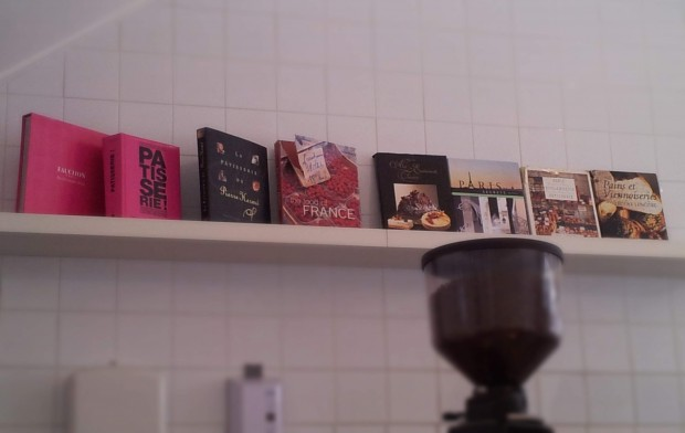 parisian-boulangerie-patisserie-keilor-road-Melbourne-Australia-macaron-books-collection